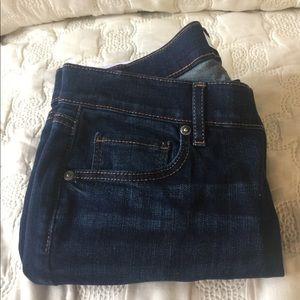Loft Skinny Crop Jeans.  Petite 28/6P.